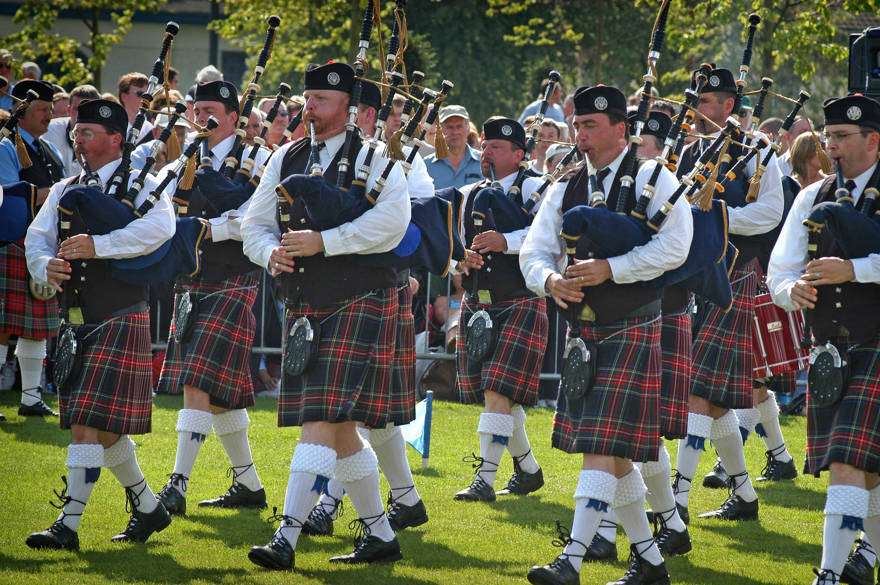 bagpipe march